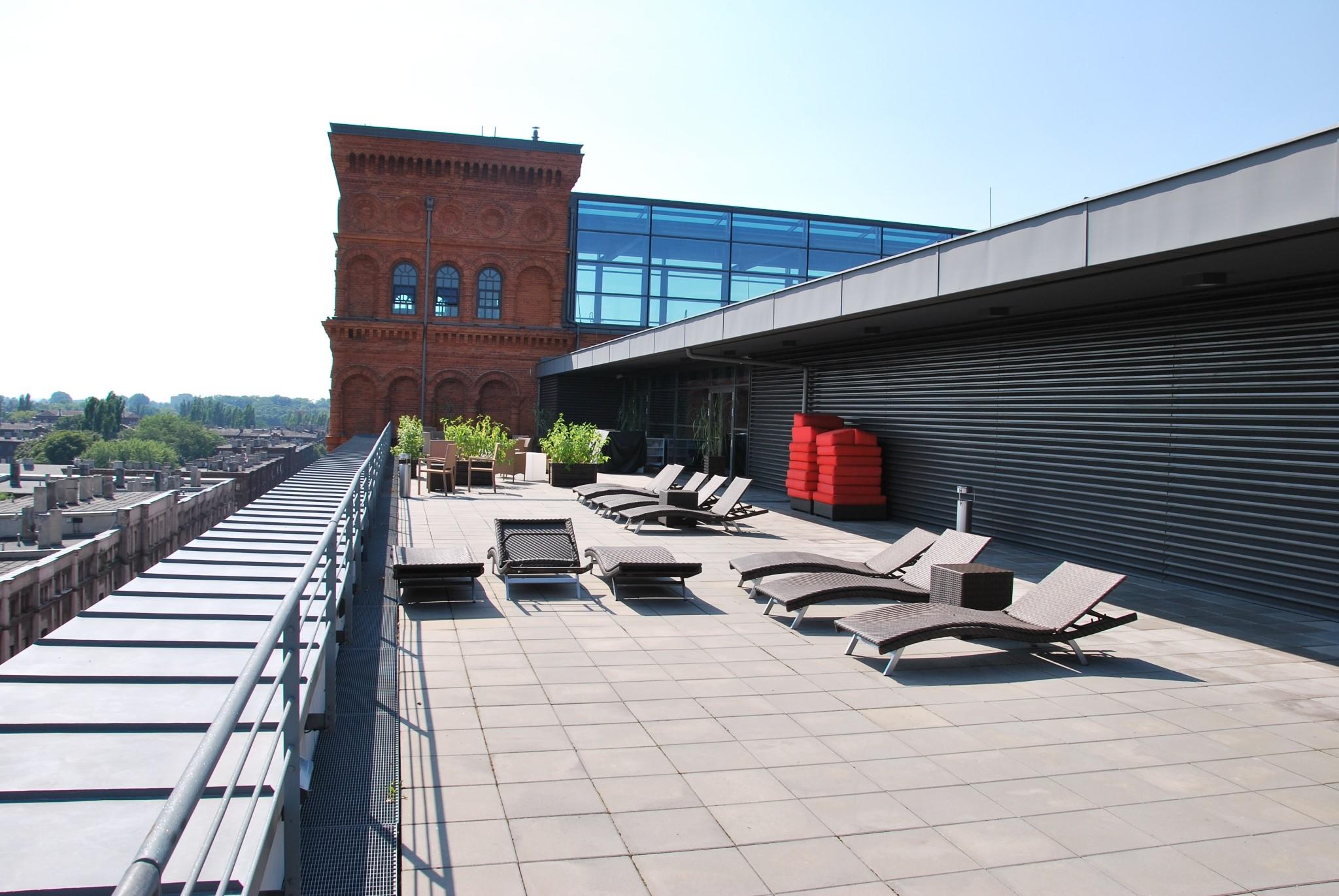 Terrace_01_in_Andels_Hotel,_Łódź