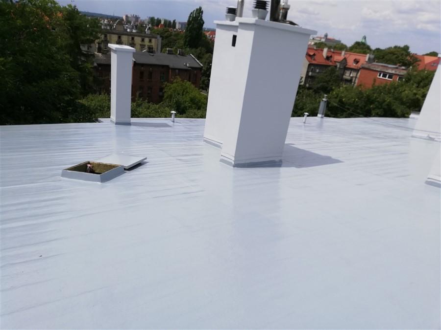 Dach uszczelniony w technologii membran poliuretanowych